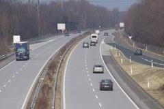 Die rechtsgültige Alpenkonvention in Österreich verhindert einen Ausbau der Alemagna als Autobahn oder Schnellstrasse auf österreichischem Gebiet.