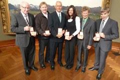 King Albert Mountain Award 2010 für Andreas Schild, Bruno Durrer, Christian Körner, Gerlinde Kaltenbrunner, Albert Precht und Emil Zopfi (von links).