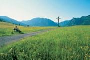 Wandern zählt zu den sanften Formen des Tourismus, die Ammergauer Alpen bieten ca. 500 km gut ausgebaute Wanderwege unterschiedlicher Schwierigkeitsgrade.