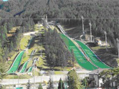 The ski jumps in Turin/I: unused, and under lock and key