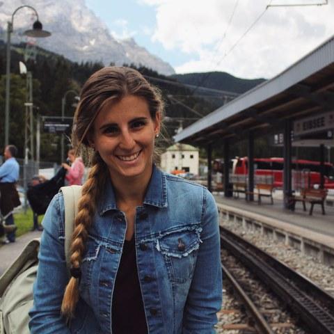 Benedetta Valmadre, Italienne de 22 ans, a rencontré d'autres jeunes voyageurs sur le chemin et a exploré la beauté des Alpes.  © Benedetta Valmadre, enlarged picture.