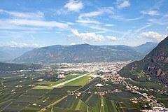 L'extension de l'aéroport de Bozen est contraire au protocole Transports de la Convention alpine.