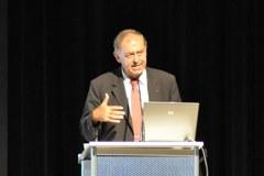 L'expert en globalisation Franz Josef Radermacher a esquissé des scénarii d'avenir pour l'ère post-fossile lors de l'édition 2009 de la conférence annuelle de la CIPRA.