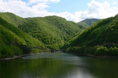 Les habitants de la montagne italienne exigent : l'utilisation de l'eau des Alpes doit avant tout profiter aux communes de montagne.