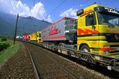 Protocole Transports : transfert du trafic des marchandises vers le rail grâce à des infrastructures appropriées et à des incitations conformes au marché.