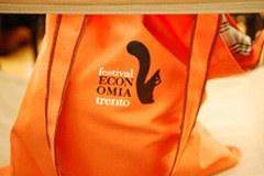 Energie rinnovabili e prodotti del commercio equo e solidale i protagonisti del Festival dell'economia di Trento.