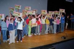 """175 classi hanno partecipato al gioco """"Scommettiamo che…"""", nel quale dovevano risparmiare più energia possibile nelle loro scuole."""