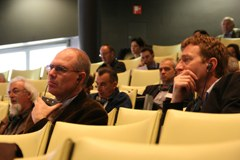 cc.alps partecipa: ai congressi internazionali diffondendo il know-how sulla sostenibilità delle misure climatiche nelle Alpi.