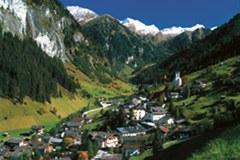 Natura e cultura intatte: Hüttschlag im Grossarltal/A fa parte dei «villaggi degli alpinisti» impegnati a favore di un turismo sostenibile conforme alla Convenzione delle Alpi.