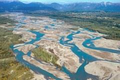 Tagliamento : Ultimo grande fiume dell'Europa Centrale che ancora oggi in larga misura può seguire il suo corso senza opere di regimazione.