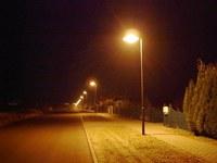 Nächtliche Strassenbeleuchtungen