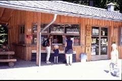 BesucherInnen im Nationalpark Bayerischer Wald.