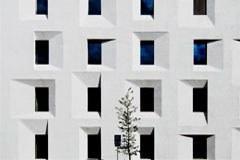 Poslopje nekdanje pošte v Bolzanu kot vzorčni projekt energijsko učinkovite gradnje.