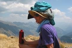 Barbara Ehringhaus je prejemnica dveh okoljskih nagrad fundacije Yves Rocher za svoje dvajsetletno prizadevanje, da bi Mont Blanc uvrstili na seznam Unescove svetovne dediščine.