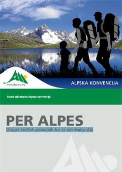 Knjiga Per Alpes vsebuje številne koristne informacije, ki bodo pomagale odkrivati različne pokrajine pa tudi lokalne posebnosti s področja alpske kulture, pa naj bo to peš ali z javnimi prevoznimi sredstvi.