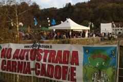 Podaljšanje avtoceste A27: v nasprotju z določitvijo Dolomitov za svetovno naravno dediščino.