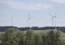 V Franciji je bilo v letu 2010 ponovno zgrajenih manj vetrnic.
