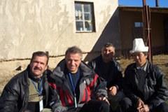 Antonio Zambon (drugi z leve) s sodelavci iz Zveze srednjeazijskih gorskih občin